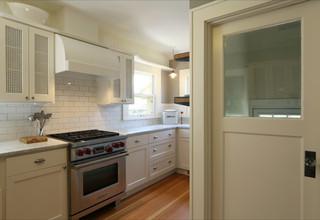 现代美式风格公寓小清新装修木门效果图