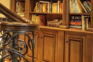 美式乡村风格一层别墅温馨装饰原木色家居效果图