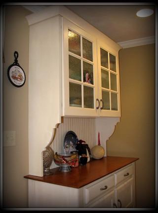 房间欧式风格老年公寓卧室温馨白色欧式效果图