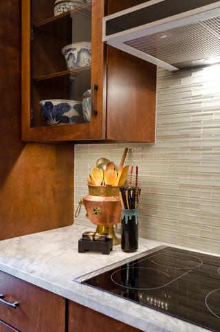 中式风格客厅三层平顶别墅简单实用家居酒柜效果图