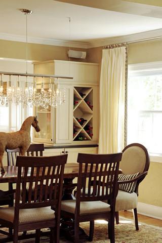 灰白色的低调与原木色的清新 欧式现代简约风别墅