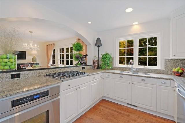 房间欧式风格一层半小别墅现代简洁白色室内装修图片