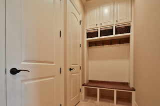 美式风格客厅三层独栋别墅温馨装饰卧室衣帽间效果图