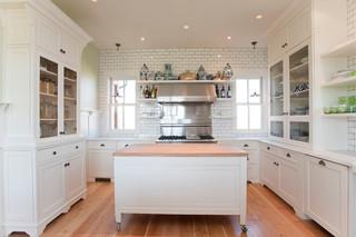 欧式风格家具一层别墅及简洁整体厨房设计