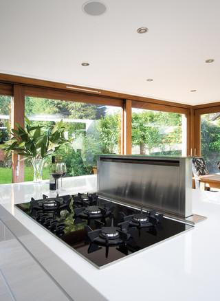 欧式风格家具三层别墅及大方简洁客厅大理石餐桌图片