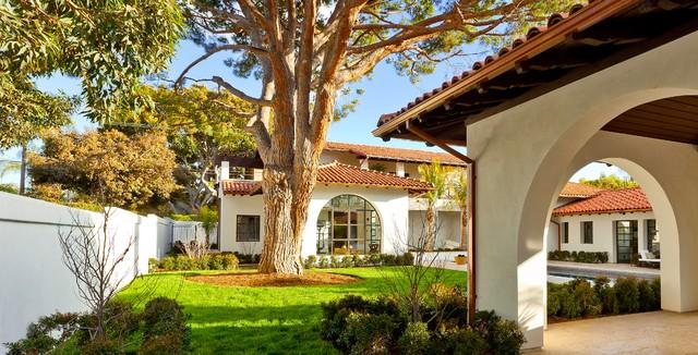 地中海风格卧室300平别墅浪漫卧室一楼花园装修效果图高清图片
