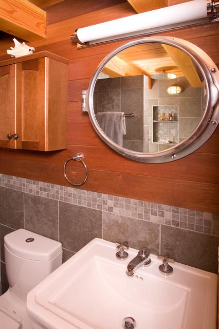 美式乡村风格三层别墅及浪漫婚房布置4个平米的小卫生间设计图