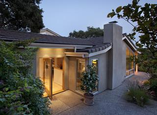 美式风格客厅三层小别墅舒适庭院围墙装修效果图