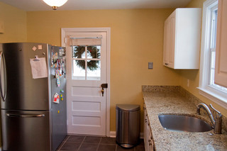 欧式风格家具三层别墅温馨装饰米黄色调墙壁设计图