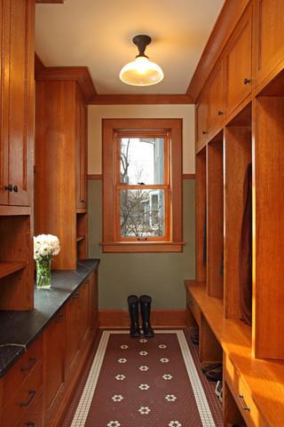 美式乡村风格卧室三层小别墅卧室温馨小衣帽间装修效果图