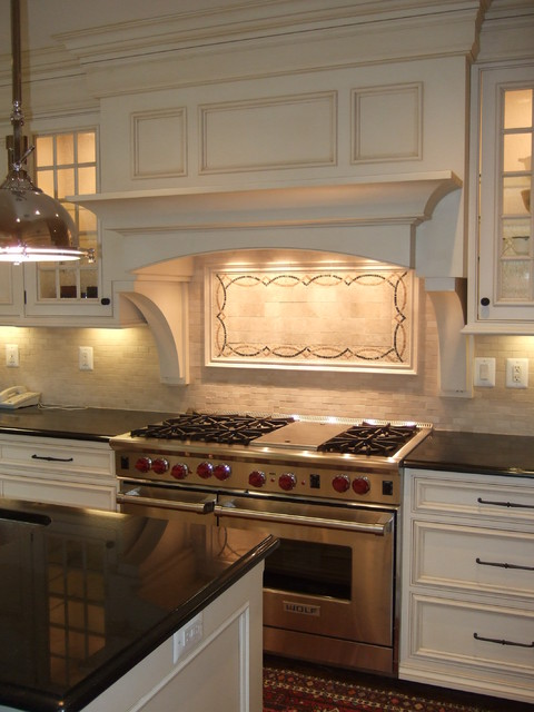 欧式风格公寓豪华卧室大理石餐桌图片