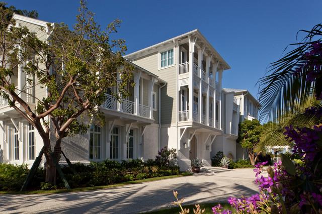 美式风格三层半别墅梦幻门厅过道吊顶装修效果图