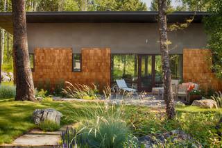 美式乡村风格卧室三层别墅卧室温馨露台花园改造