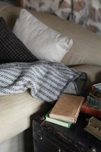 新古典风格卧室2014年别墅稳重床头柜效果图