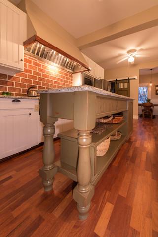 美式乡村风格2013别墅浪漫婚房布置大理石餐桌效果图
