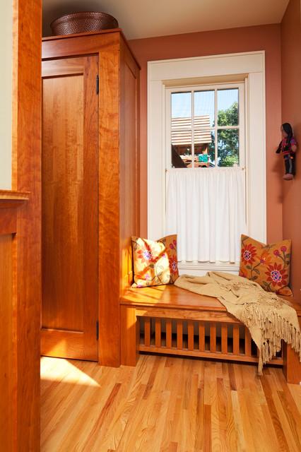 美式乡村风格客厅一层别墅卧室温馨客厅玄关鞋柜设计图