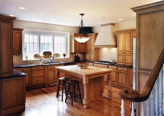 美式风格卧室300平别墅浪漫婚房布置原木色家居装修图片