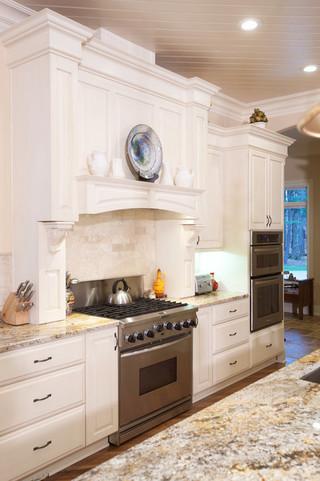 欧式风格三层连体别墅时尚衣柜白色欧式装修图片