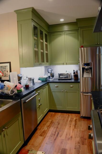 宜家风格一层半小别墅简单温馨餐边柜效果图