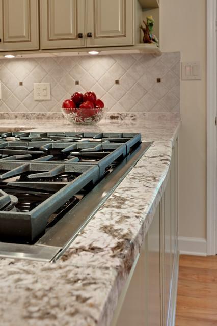 美式风格卧室复式公寓温馨冰柜图片