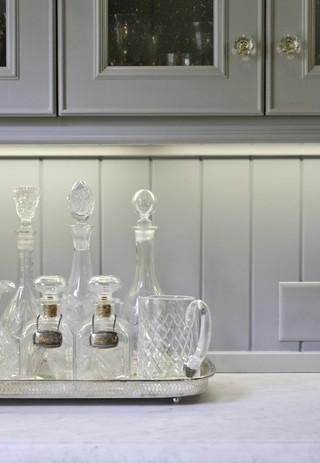 美式风格客厅一层半小别墅豪华别墅家庭酒柜效果图