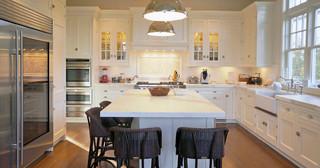现代简约风格卫生间200平米别墅大气白色地毯圆形餐桌图片