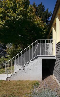 美式乡村风格乡村别墅阳台实用露台花园效果图