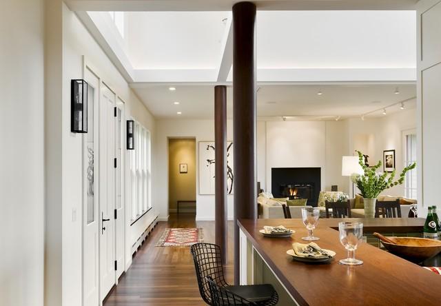 现代北欧风格浪漫婚房布置灰色窗帘客厅和餐厅隔断设计图纸