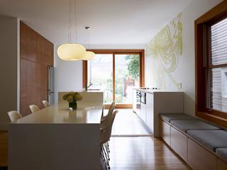 欧式简约风格实用休闲餐厅红木家具餐桌效果图
