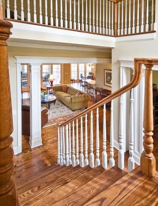木水混搭风格客厅小型公寓实木楼梯效果图