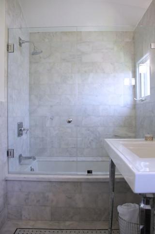 现代简约风格餐厅公寓10-15万130平米家庭整体卫浴效果图
