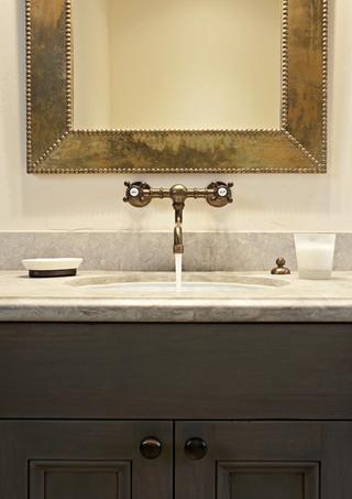 地中海风格酒店公寓15-20万130平米三室两厅洗手台效果图