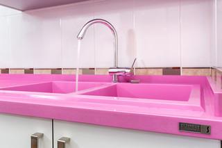 老年公寓可爱房间卧室 粉色豪华型70平米两室一厅设计图纸