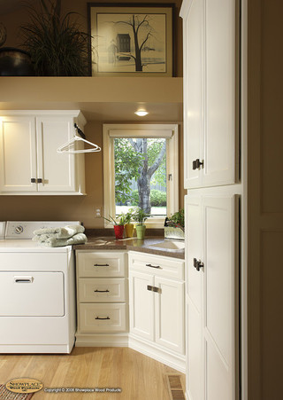 美式乡村风格卧室2层别墅白色室内客厅过道吊顶设计图