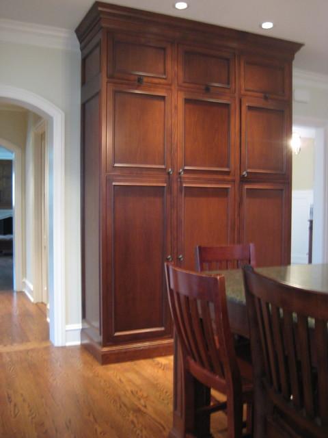 三层别墅原木色小客厅电视墙设计师的家