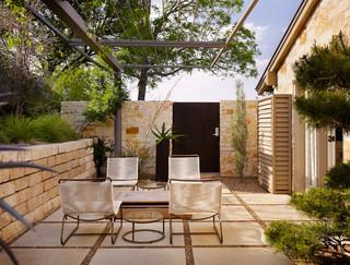 现代北欧风格二居室浪漫婚房布置阳台花园装修图片