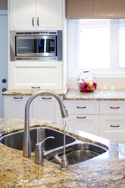 浪漫婚房布置褐色5平方厨房洗手台效果图