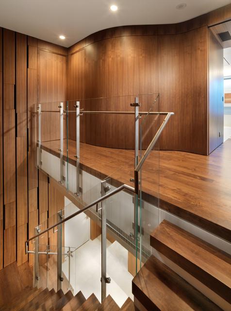 现代简约风格卫生间白领公寓简约时尚实木楼梯装修效果图