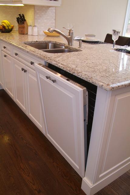 简单实用白色简约2014整体厨房橱柜安装图