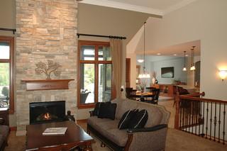 地中海风格室内新古典沙发冷色调餐厅客厅隔断装修效果图