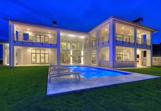 现代简约风格餐厅浪漫卧室冷色调别墅游泳池装修效果图