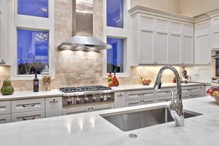 简欧风格一层半小别墅低调奢华2012家装厨房效果图