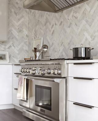 优雅白色宜家厨房