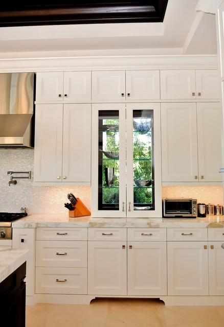 东南亚风格200平米别墅白色地毯豪华型设计图