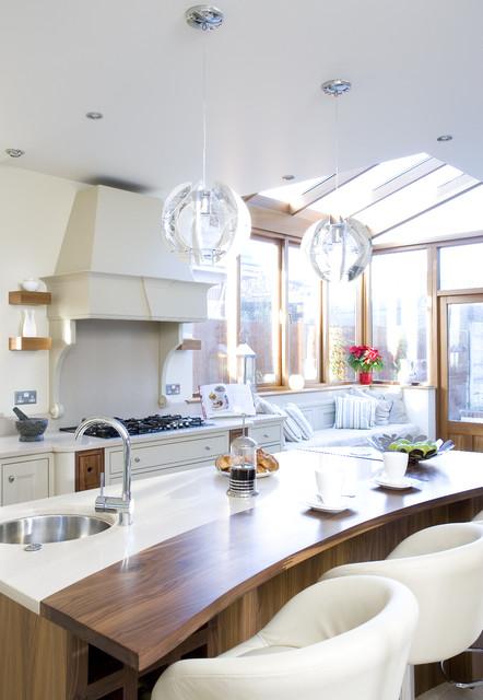 欧式风格家具富裕型140平米以上实木圆餐桌图片