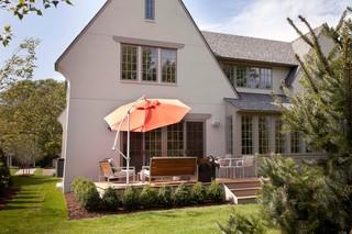 美式风格客厅三层独栋别墅暖色调庭院围墙设计