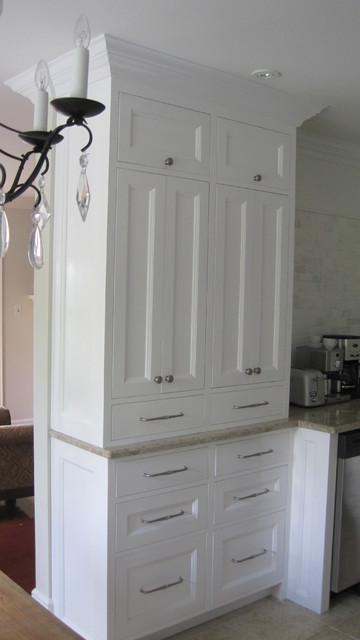 黑白色新古典式橱柜