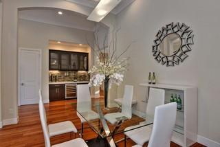 欧式风格家具100平米的房子欧式开放式厨房实木圆餐桌效果图