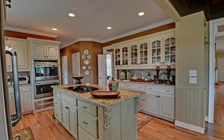 温馨装饰暖色调2013家装厨房客厅过道吊顶橱柜定做