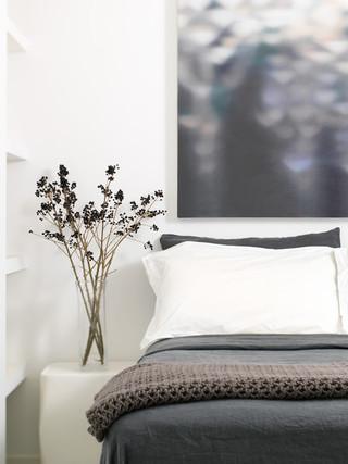 现代简约风格客厅经济型13平米卧室效果图